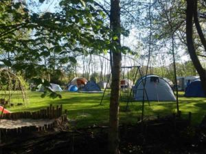 spelen en kamperen op de groene beleefcamping